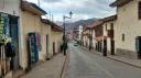O quão turístico é ser a antiga capital inca, onde se fala espanhol e ter anúncios em inglês?